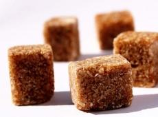 Коричневый сахар поможет?